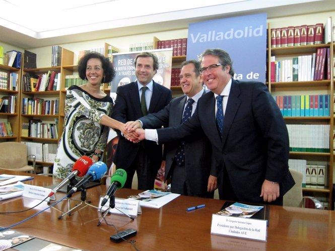 Mercedes Cantalapiedra, Javier Ramírez, Pablo Trillo y Gregorio Serrano.