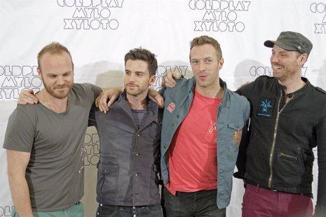 La Banda Británica Coldplay En Un Photocall En Madrid