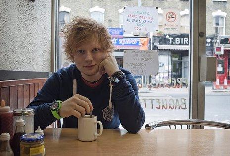 El Cantante Británico Ed Sheeran En Una Foto Promocional