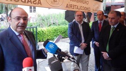 El PP hace campaña leyendo los poemas de autores europeos como Pessoa, Günter Grass o Joyce