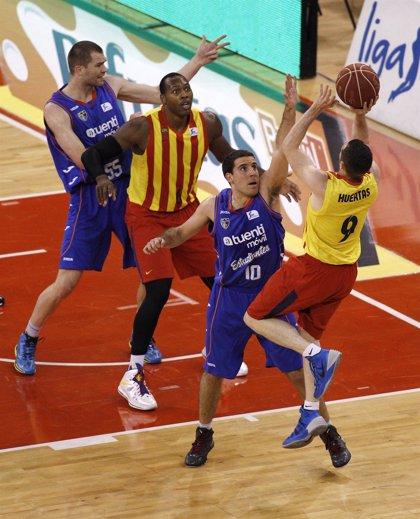 El Barcelona doblega al Tuenti Móvil Estudiantes