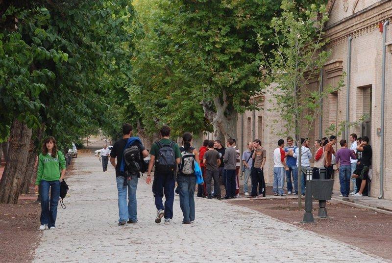 Unas 1.750 personas visitarán este domingo los campus de la UCLM