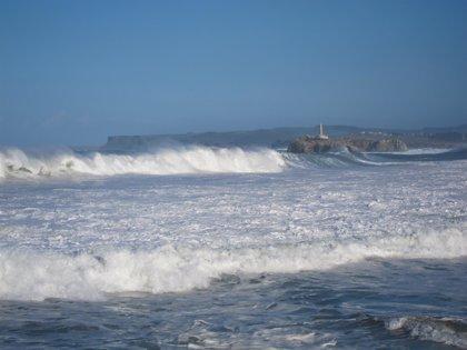 Lugo y A Coruña, en alerta por oleaje