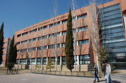 La UCLM convoca plazas de contratado laboral docente e investigador
