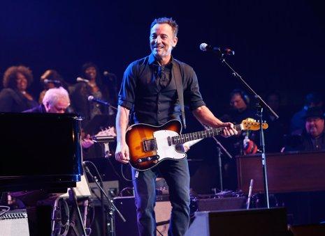 Bruce Springsteen, uno de los artistas que más cobran por actuación