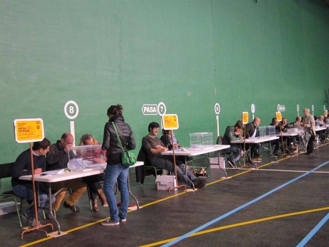 Votación en Navarra en las elecciones europeas del 25M.