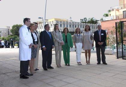 """La Princesa Letizia transmite su apoyo a la investigación en cáncer, """"imprescindible para mejorar la vida"""" de pacientes"""