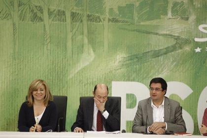 La dirección del PSOE no se plantea reunir al Comité Federal antes del congreso, pero un tercio puede imponerlo