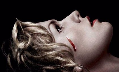 Anna Paquin llora lágrimas de sangre en el nuevo cartel de True Blood
