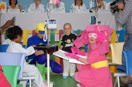 Superhéroes acompañarán a los niños con cáncer en el Hospital La Paz
