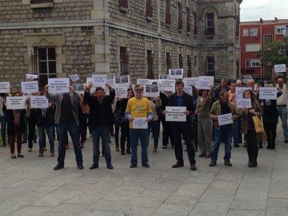 Trabajadores de Justicia vuelven a concentrarse en defensa de los registros civiles