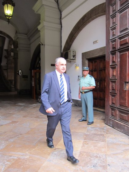 Blasco presenta su renuncia como diputado en las Corts un día después de saber su condena por el 'caso Cooperación'