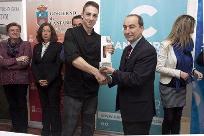 Un alumno de la escuela de hostelería del instituto Peñacastillo gana el premio Chef Cantabria 2014