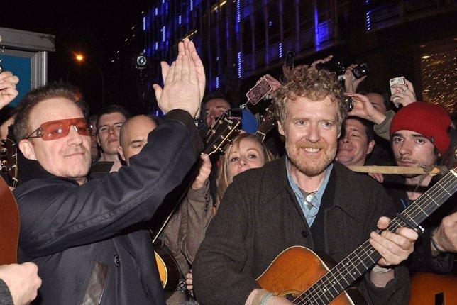 Bono y Glen Hansard