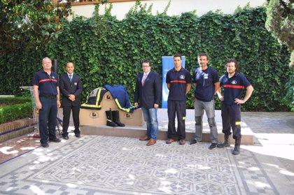 La Diputación entrega seis equipos de intervención contra incendios a Bomberos Sin Fronteras
