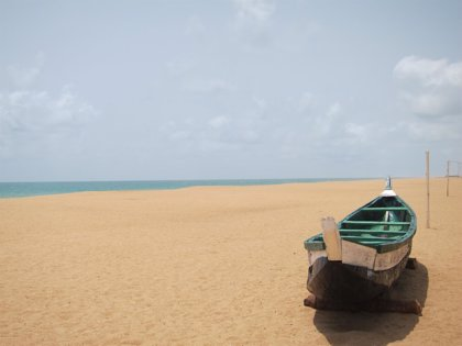 Llega al Puerto de Tarifa una patera con once inmigrantes en buen estado a bordo