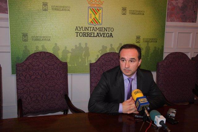 Enrique Gómez Zamanillo, concejal de Torrelavega