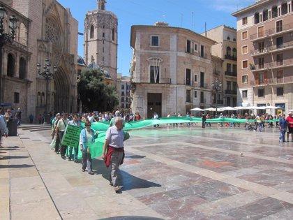 """Una manifestación denuncia en Valencia """"la involución"""" del sistema de salud mental hacia """"un modelo de internamiento"""""""