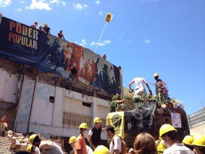 """El Ayuntamiento avisa: el tiempo de diálogo con Can Vies """"se acaba"""""""