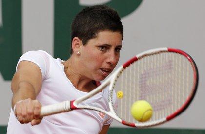 Carla Suárez avanza con comodidad a cuartos