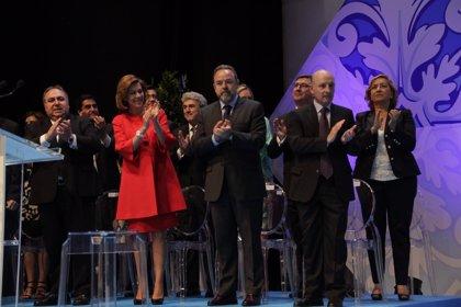 Cospedal anuncia la puesta en marcha de 7 nuevos quirófanos y 13 centros de salud