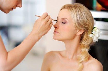 Maquillaje de novia: ojos, labios y mejillas