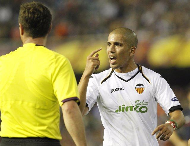 Feghouli, Valencia, protesta al árbitro