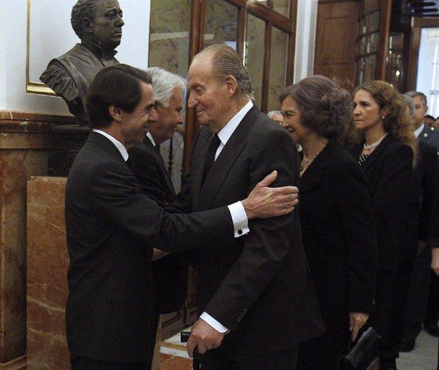 El Rey y Aznar en el Congreso
