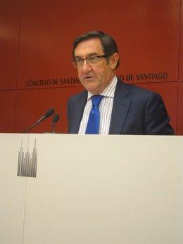 El alcalde de Santiago, Ángel Currás.