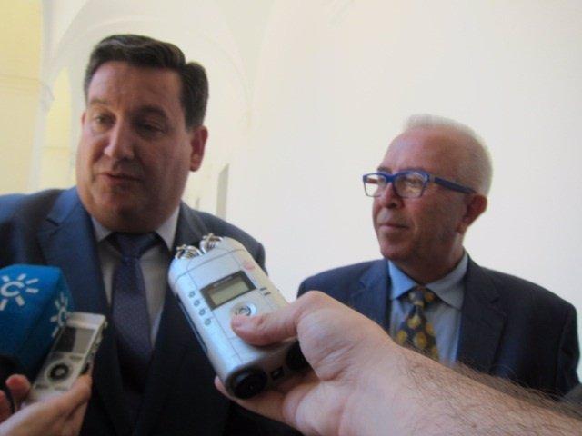 José María Algora, de Cepes-A y el consejero José Sánchez Maldonado