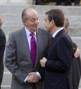 El Rey con Zapatero