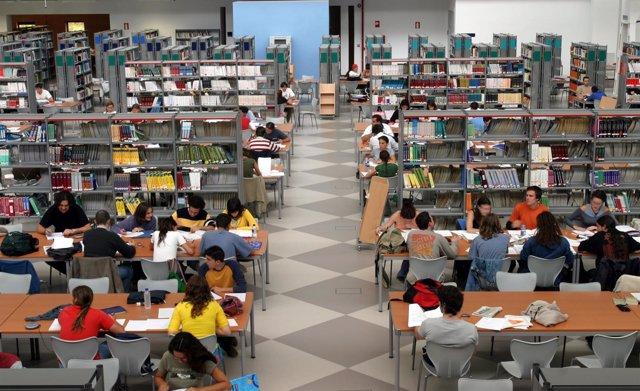 Biblioteca de la UPO