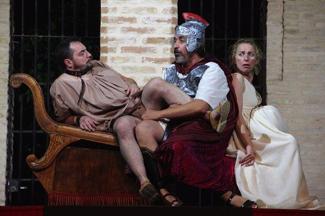 Estreno de 'Amphitrion' en el Palacio de los Marqueses de la Algaba
