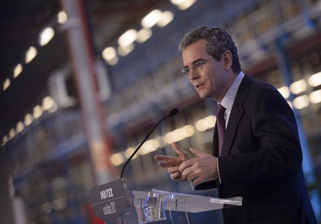 El presidente y consejero delegado de Inditex, Pablo Isla, en rueda de prensa