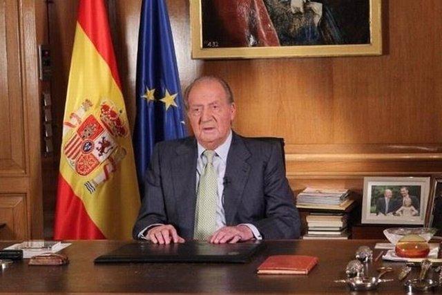 El Rey Juan Carlos da paso a un cambio generacional