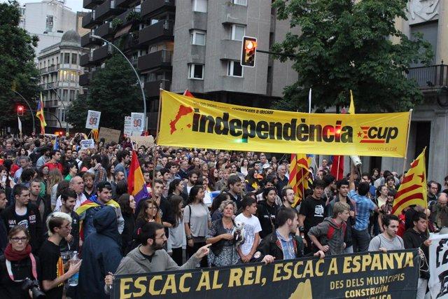 """Un millar de personas piden en Girona """"la constitución de la república catalana"""""""