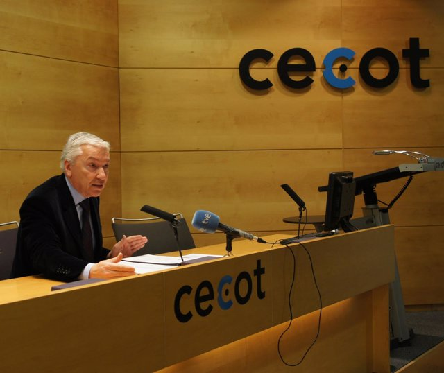 Antoni Abad, Cecot
