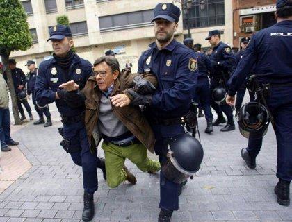 "Sánchez Ramos (IU): ""El desalojo de la Madreña demuestra la podredumbre del sistema bipartidista"""