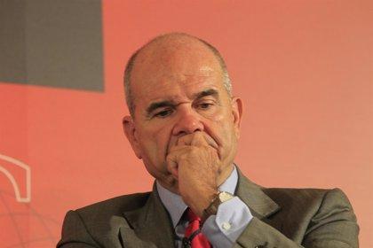 Chaves ve compatible ser líder del PSOE y presidir la Junta