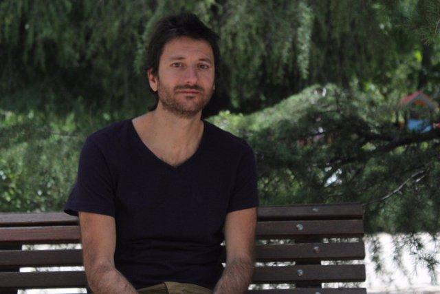 El escritor Santi Fernández Patón
