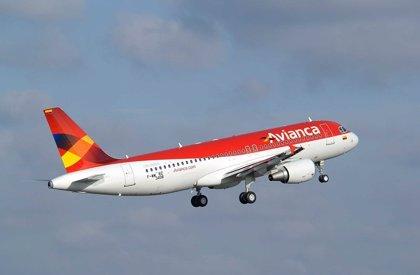 Tráfico aéreo de pasajeros en Colombia sube un 10,8% en abril