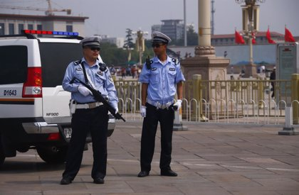 Las fuerzas de seguridad cercan la Plaza de Tiananmen para evitar concentraciones en el 25º aniversario