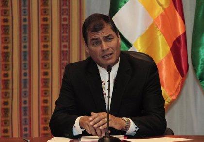 """Correa: """"Se quiere imponer una consulta"""" sobre reelección indefinida"""