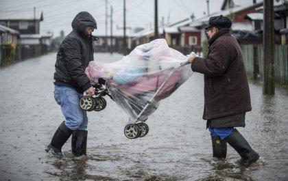 La ONEMI rebaja a un millar los damnificados por las lluvias en Chile