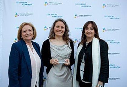 La iniciativa Athena de Mentoring Reverso de Novartis, galardonada en los Premios Talent Mobility 2014