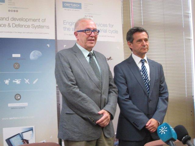 Sánchez Maldonado y el director de Aertec Solutions, Antonio Gómez-Guillamón