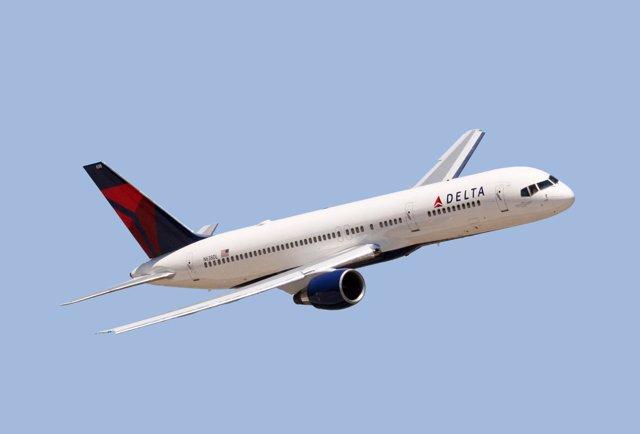 Avión de Delta Air Lines vuelo Málaga-nueva york avión b757-200