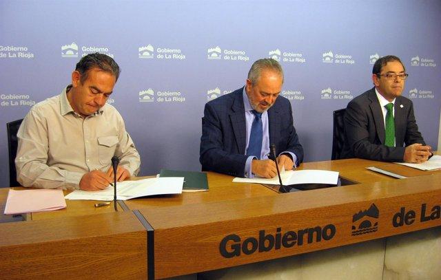 Firma convenio Arad con Gobierno riojano