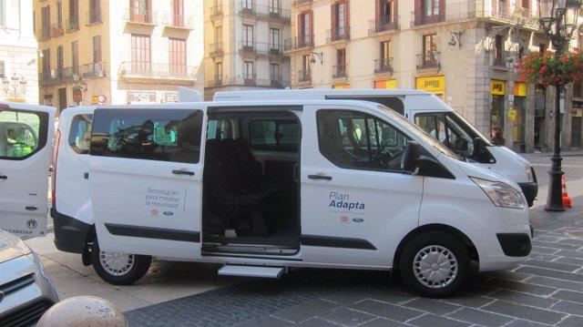 Flota de vehículos de Ford adaptados a personas con discapacidad