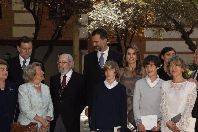 Los príncipes con la familia de Bonald